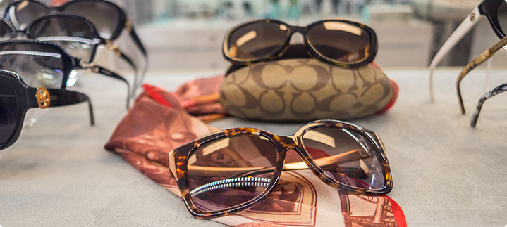 3 Reasons to Wear Sunglasses Year Round
